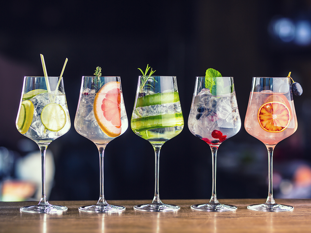 Classy cocktail journeys are the most popular boozy break for you and your friends
