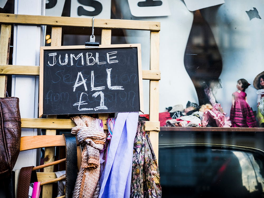 Shop vintage during Second Hand September